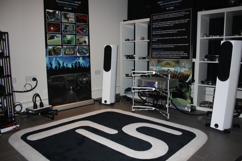 DCS TT Audiophysic down stairs_2